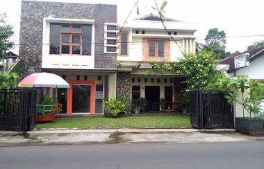 Rumah Dijual Di Kepatihan Kota Jember Lamudi