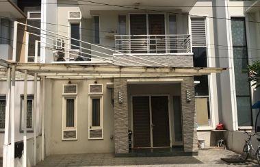 Rumah Dengan Halaman Terbuka Dijual Di Dekat Grand Tropic Suites Hotel Lamudi