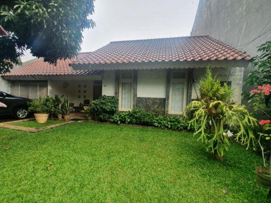 Rumah Lawas Apik Dan Terawat Cipete Jakarta Selatan