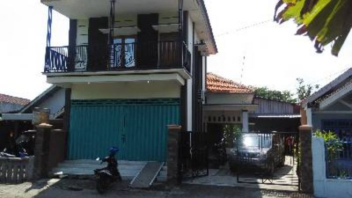 Rumah Plus Ruko 2 Lt Di Dekat Terminal Mojokerto