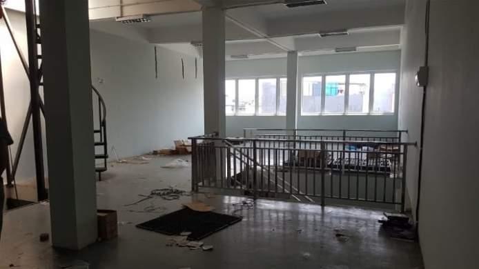 Disewakan Rumah Semi Kantor Gudang Di Jelambar Jakarta Barat