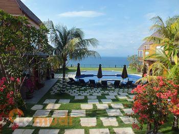 beli villa di Indonesia